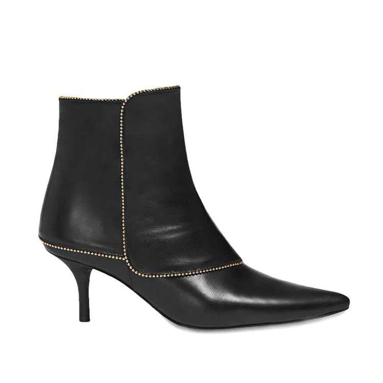 ava boots